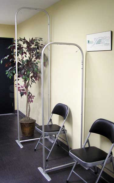 The clean, unobtrusive looking Floor Screen 24 is perfect for floor standing use in offices and waiting rooms